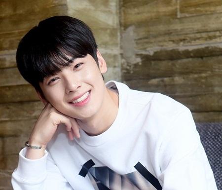 8 idol nam này sẽ là đại diện nhan sắc thế hệ mới của Kpop - Ảnh 15