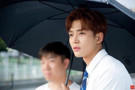 8 idol nam này sẽ là đại diện nhan sắc thế hệ mới của Kpop - Ảnh 7