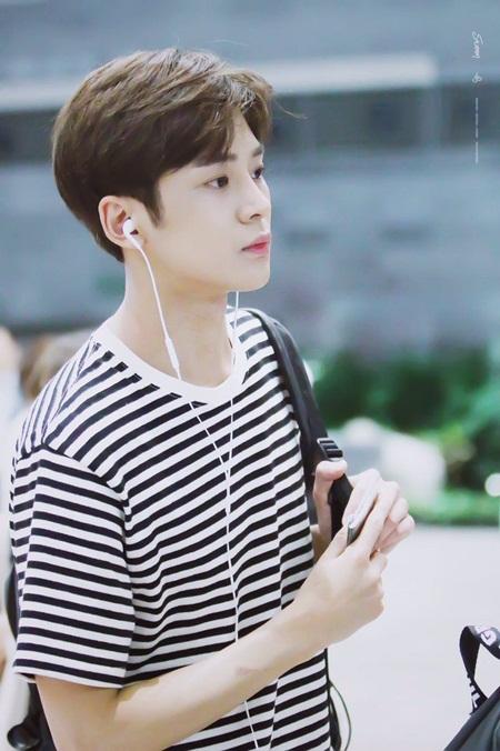 8 idol nam này sẽ là đại diện nhan sắc thế hệ mới của Kpop - Ảnh 8
