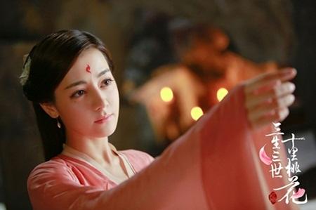 """Địch Lệ Nhiệt Ba: """"Hoa tuyết Tân Cương"""" xinh đẹp đầy triển vọng của màn ảnh Hoa ngữ - Ảnh 15"""