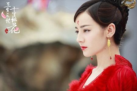 """Địch Lệ Nhiệt Ba: """"Hoa tuyết Tân Cương"""" xinh đẹp đầy triển vọng của màn ảnh Hoa ngữ - Ảnh 17"""