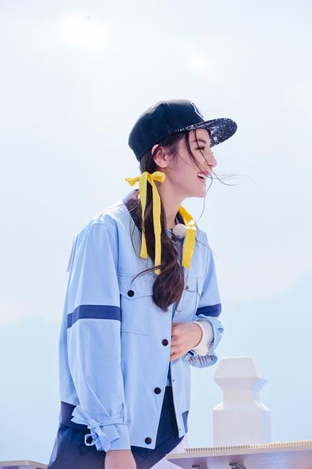 """Địch Lệ Nhiệt Ba: """"Hoa tuyết Tân Cương"""" xinh đẹp đầy triển vọng của màn ảnh Hoa ngữ - Ảnh 19"""