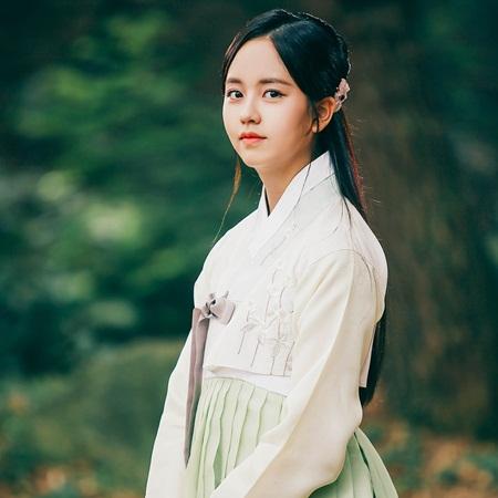 """Hành trình trưởng thành của """"nữ thần thế hệ mới"""" Kim So Hyun - Ảnh 13"""