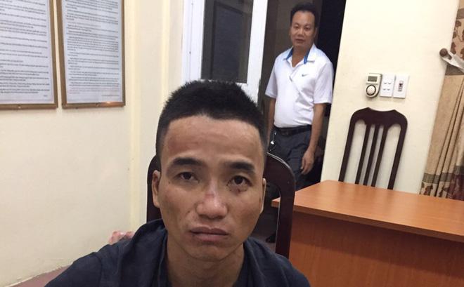 Thanh niên 2 tiền án dùng súng điện cướp xe của tài xế GrabBike - Ảnh 1