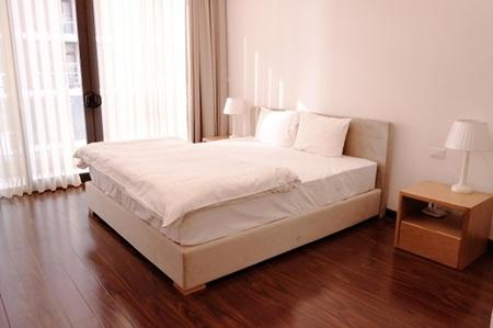 Ngắm căn hộ hiện đại dành riêng cho gia đình nhỏ trên phố Trần Bình - Ảnh 4