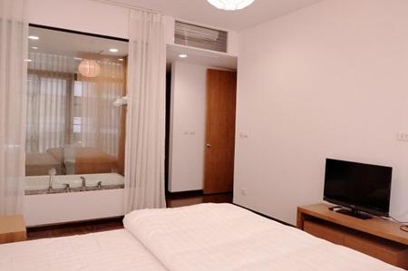 Ngắm căn hộ hiện đại dành riêng cho gia đình nhỏ trên phố Trần Bình - Ảnh 5