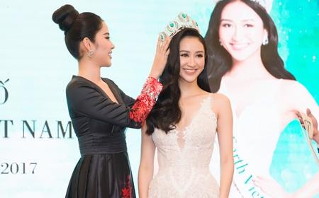 Hà Thu chính thức nhận vương miện Hoa hậu Trái Đất Việt Nam - Ảnh 2
