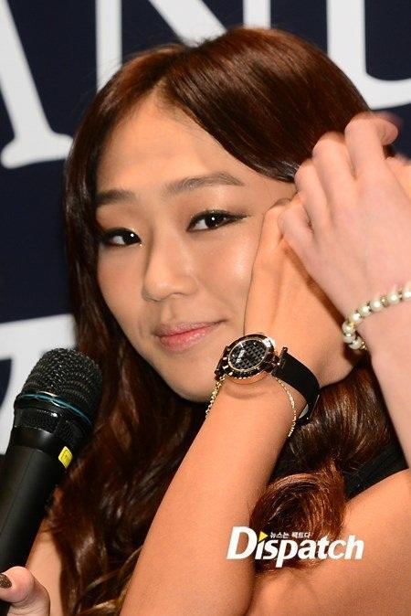 Nam thần, nữ thần Kpop cũng có lúc bất mãn về nhan sắc vạn người ngưỡng mộ - Ảnh 1