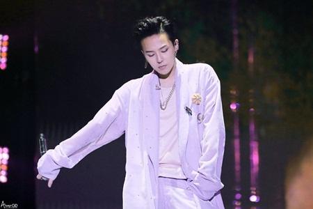 Thần tượng Kpop và cái giá phải trả của ánh hào quang vạn người ngưỡng mộ - Ảnh 2