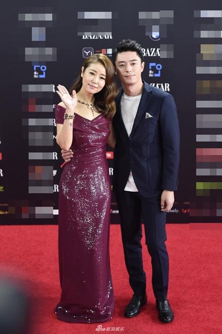 Các cặp đôi đình đám showbiz Hoa ngữ thi nhau tình tứ trên thảm đỏ - Ảnh 1