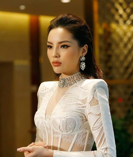 """Hoa hậu Kỳ Duyên: """"Tôi không chối bỏ sai lầm trong quá khứ"""" - Ảnh 1"""