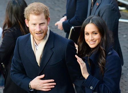 Dựng phim về chuyện tình của Hoàng tử Harry và Meghan Markle - Ảnh 1