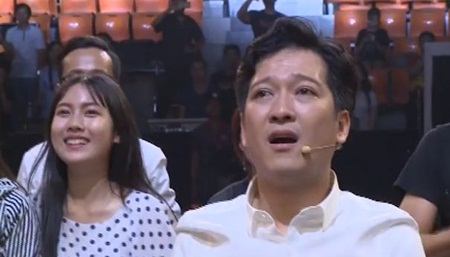 Clip: Trường Giang, Tiến Luật bật khóc vì chiến thắng của U23 Việt Nam - Ảnh 4