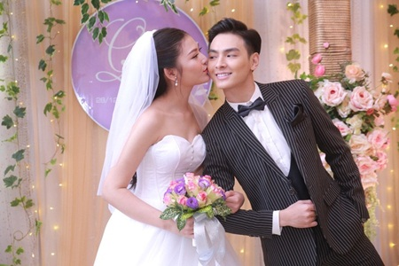 Điểm lại loạt đám cưới đình đám nhất của showbiz Việt năm 2017 - Ảnh 15