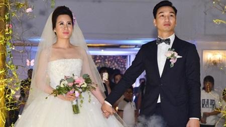 Điểm lại loạt đám cưới đình đám nhất của showbiz Việt năm 2017 - Ảnh 4