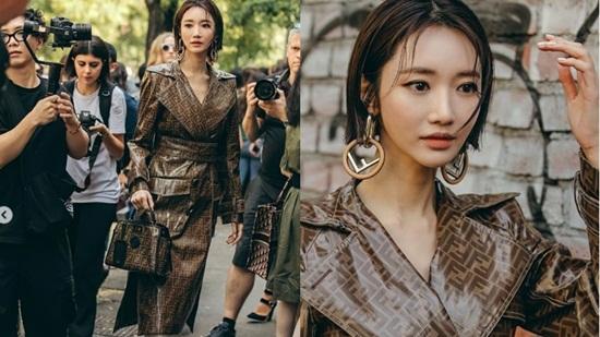 """16 lần sao Hàn """"khuynh đảo"""" tuần lễ thời trang châu Âu với vẻ ngoài đầy thu hút - Ảnh 14"""