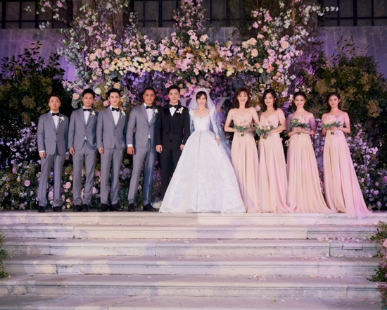 La Tấn - Đường Yên chính thức tiết lộ ảnh đám cưới phủ đầy hoa như cổ tích - Ảnh 4