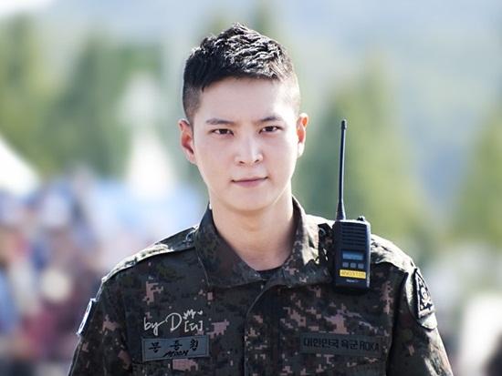 Lee Min Ho, G-Dragon và loạt nam thần xứ Hàn xuất ngũ trong năm 2019 - Ảnh 2
