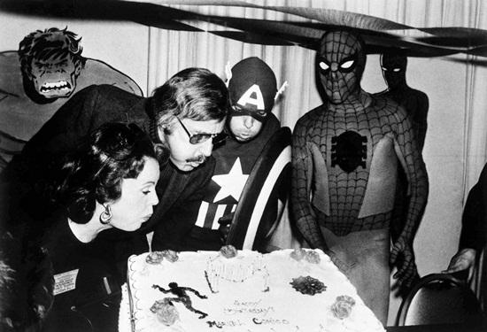 """""""Ông trùm Marvel"""" Stan Lee và cuộc hôn nhân đẹp như tiểu thuyết kéo dài 7 thập kỷ - Ảnh 6"""