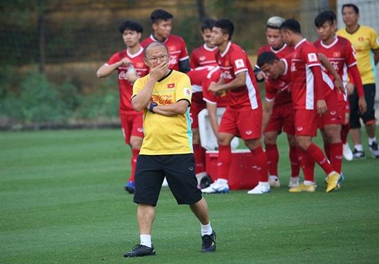 Trận Việt Nam - Malaysia: Đâu là đội hình tối ưu của HLV Park Hang-seo? - Ảnh 1
