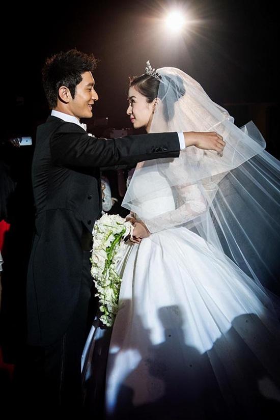 """Rộ tin cặp đôi """"ngôn tình"""" Huỳnh Hiểu Minh - Angelababy đã ly hôn - Ảnh 4"""