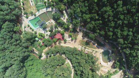 """Công trình trên đất rừng phòng hộ Sóc Sơn """"nằm yên"""" chờ thanh tra - Ảnh 1"""