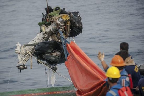 Hộp đen tiết lộ phút cuối cùng trên chiếc máy bay Lion Air rơi ở Indonesia - Ảnh 1