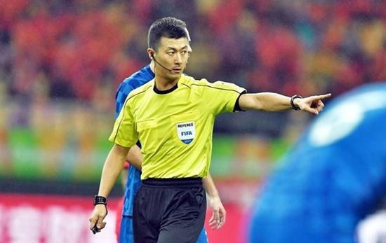 AFF Cup 2018: Trọng tài người Trung Quốc bắt chính trận Việt Nam - Campuchia - Ảnh 1