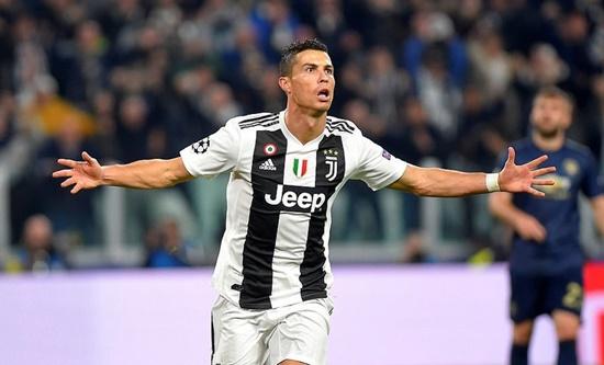 M.U lội ngược dòng ngoạn mục trên sân Juventus dù Ronaldo ghi bàn - Ảnh 1