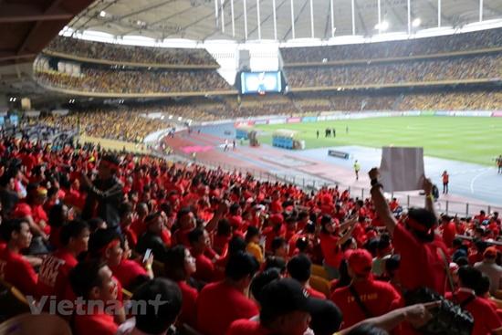 Chung kết AFF Cup 2018 Việt Nam 2 - 2 Malaysia: Chờ Mỹ Đình đại chiến - Ảnh 7