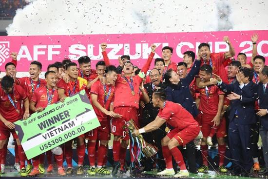 Cận cảnh phút đăng quang AFF Cup 2018 vỡ òa cảm xúc của ĐT Việt Nam - Ảnh 5