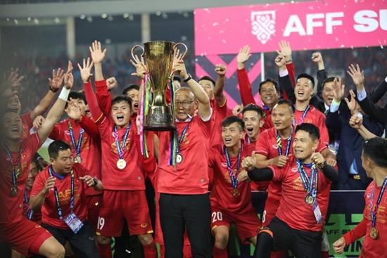 Cận cảnh phút đăng quang AFF Cup 2018 vỡ òa cảm xúc của ĐT Việt Nam - Ảnh 6