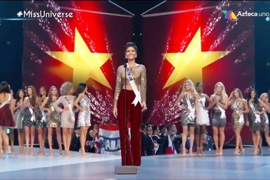 H'Hen Niê lập nên kỳ tích nhan sắc Việt khi lọt Top 5 Miss Universe - Ảnh 4