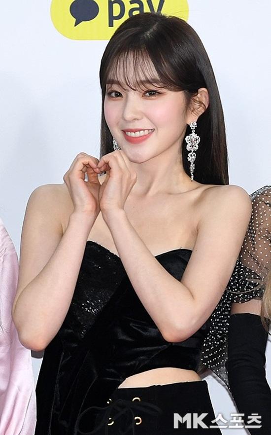 Thảm đỏ SBS Music Awards Festival: Nữ thần Irene thành tâm điểm vì quá gợi cảm - Ảnh 5