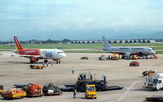 Thủ tướng yêu cầu kiểm tra bảo đảm an toàn hàng không - Ảnh 1