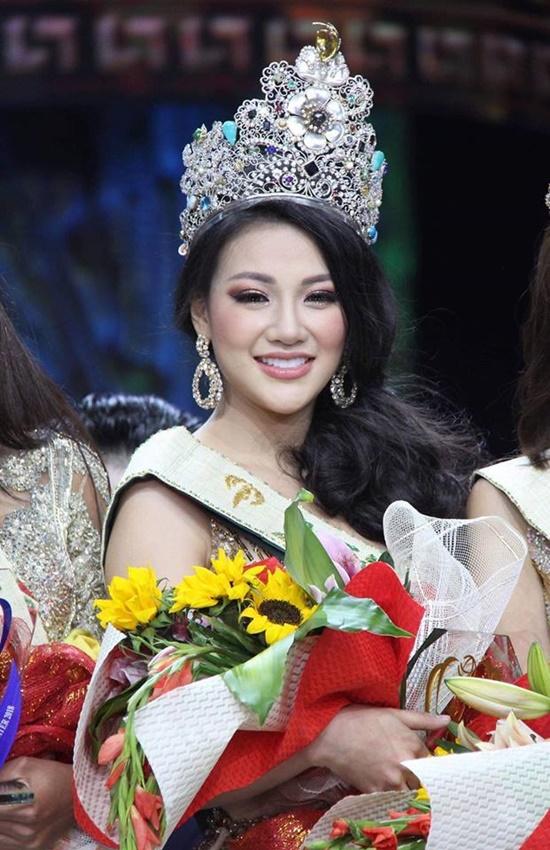 Nhìn lại những nhan sắc Việt rạng danh trên đấu trường quốc tế năm 2018 - Ảnh 1