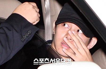 13 câu chuyện về fan cuồng khiến thần tượng Kpop sợ hãi suốt đời - Ảnh 4
