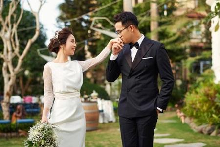 """Ngắm bộ ảnh cưới của MC """"Chúng tôi là chiến sĩ"""" trong ngày Valentine Trắng - Ảnh 7"""