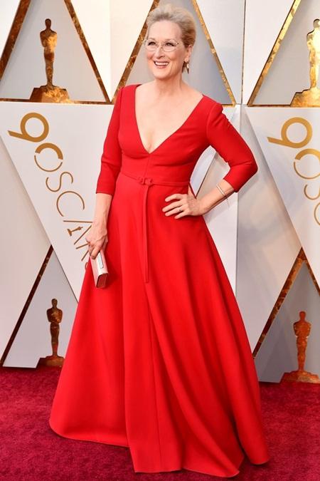 Thảm đỏ Oscar 2018: Dàn sao Hollywood lộng lẫy như nữ thần - Ảnh 2