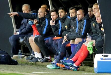 Chơi với 10 người, Barca chấp nhận chia điểm đáng tiếc - Ảnh 1