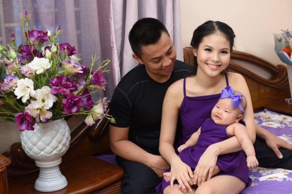 Chí Anh và vợ trẻ kém 20 tuổi lên chức cha mẹ lần thứ 2 - Ảnh 1