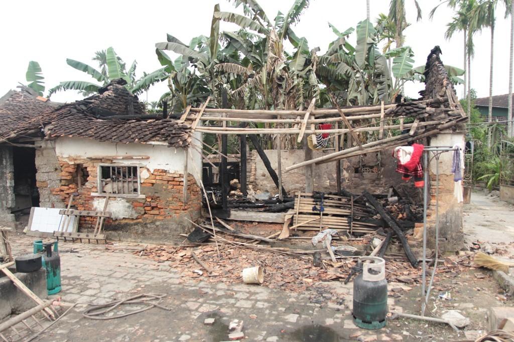 Nghệ An: Lĩnh 2 năm tù vì tự châm lửa đốt nhà - Ảnh 1