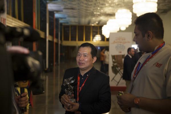 """Phim """"Cha cõng con"""" giành giải Phim châu Á hay nhất LHP Quốc tế Iran - Ảnh 1"""