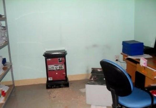Cà Mau: Nữ nhân viên trộm tiền của cơ quan rồi dựng hiện trường giả - Ảnh 1