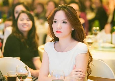 """Đan Lê phản đối gay gắt chuyện Phạm Anh Khoa trở thành """"đại sứ chống quấy rối tình dục"""" - Ảnh 1"""
