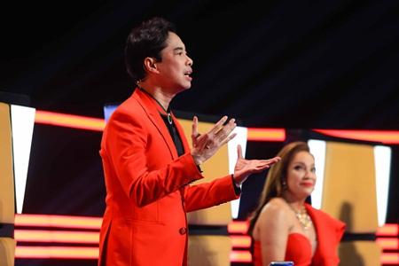 Clip: Học trò Thanh Hà gây tranh cãi khi hát Bolero - Ảnh 4
