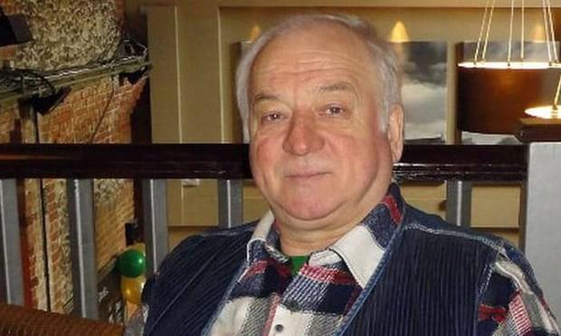 Cựu điệp viên người Nga bị đầu độc đã ra viện - Ảnh 1