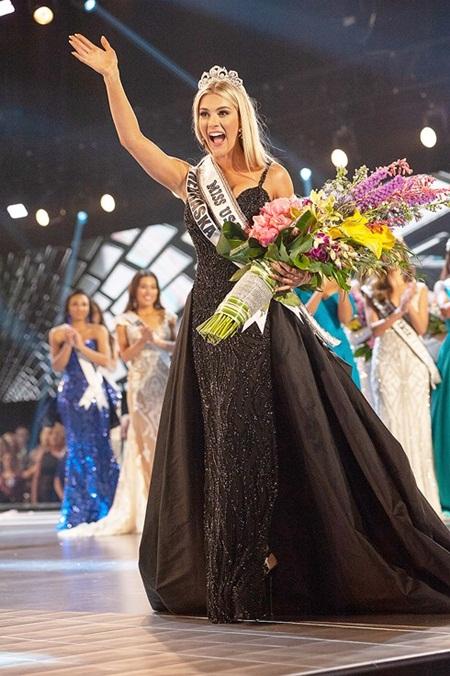 Tân Hoa hậu Mỹ cao 1m65 bật khóc khi giành vương miện - Ảnh 6