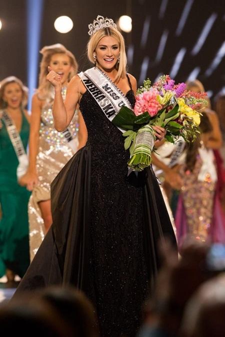 Tân Hoa hậu Mỹ cao 1m65 bật khóc khi giành vương miện - Ảnh 4