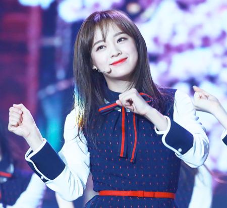 """6 nữ idol được dự đoán sẽ trở thành """"Suzy tiếp theo"""" của showbiz Hàn - Ảnh 1"""